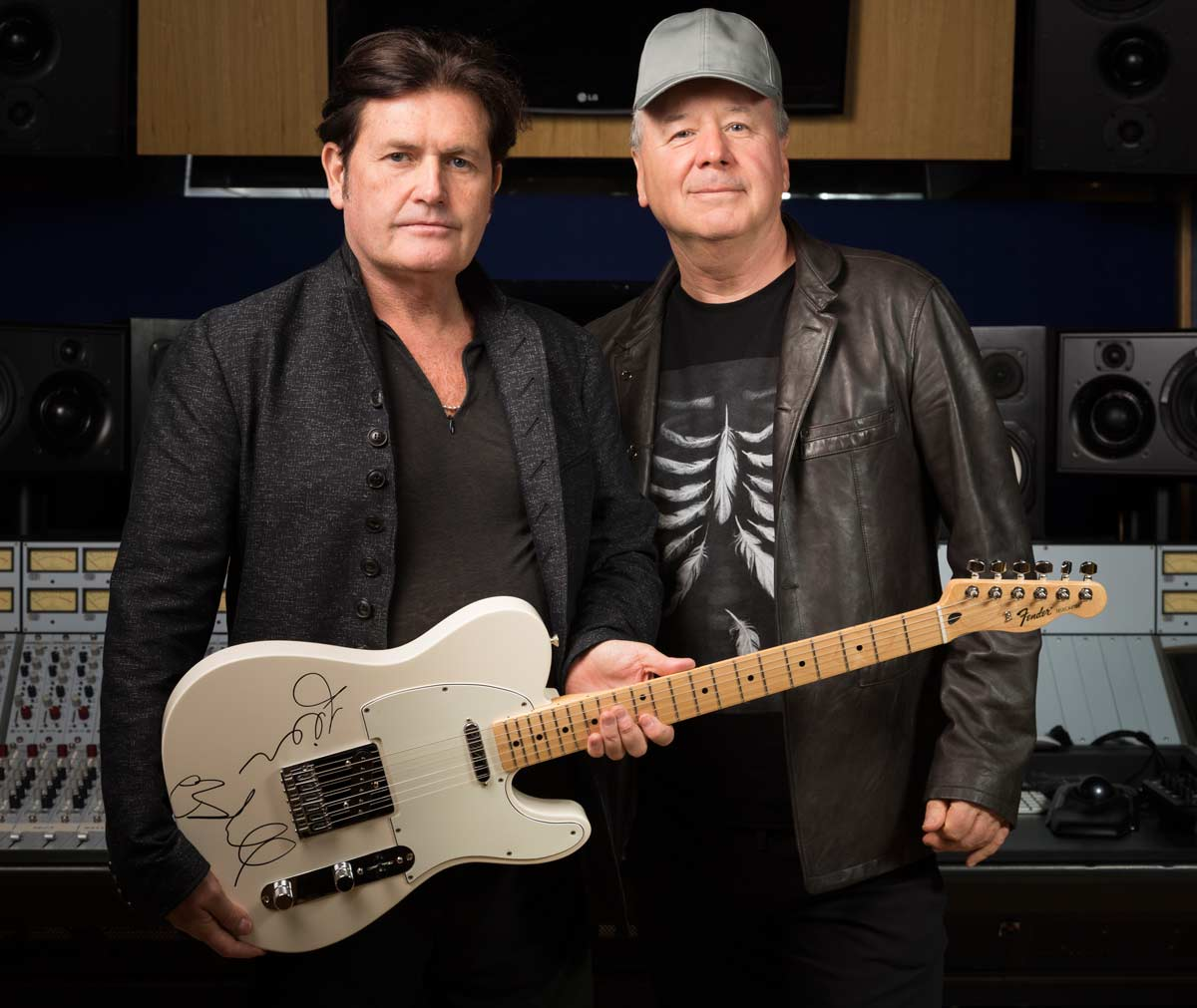 Win Guitar Signed By Jim & Charlie - SIMPLEMINDS COM